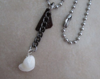 summertime white mother of pearl mixed metal necklace
