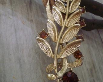 Vintage engraving leaf brooch red Rhinestone/metal brooch 1950s