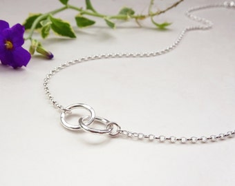 Silver Linked Ring Necklace - Interlocking Circle Necklace - Silver Ring Necklace - Two Linked Ring Necklace - Silver Chain Necklace