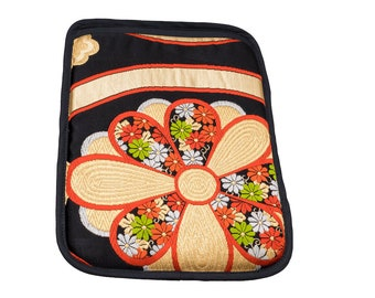 "Kimono Laptop computer case for Mac book 12"":HANA & TATEWAKU/PC Cover case/Vintage/Hand made/Flower/For Gift/Silk/Made in Japan"