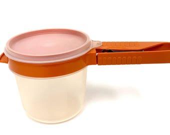 Tamis à farine Orange Tupperware 168-12 avec récipient et le couvercle des années 1980