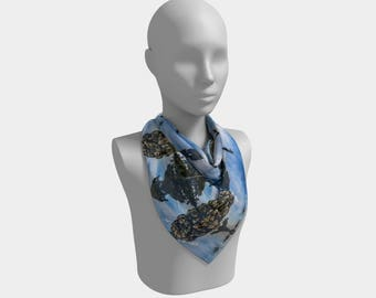 Up Oblation Square Scarf