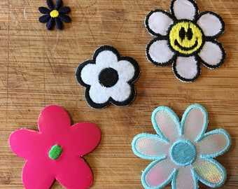 Vintage Daisy Patches