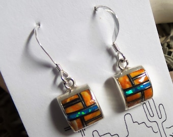 Spiny Oyster Petite Square Earrings