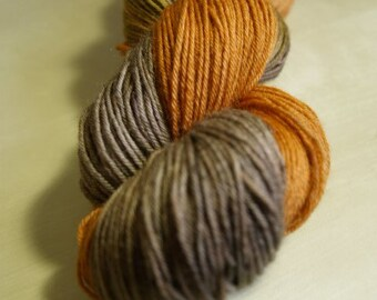 Cinnamon Swirl Blue Faced Leicester Sock Weight Yarn