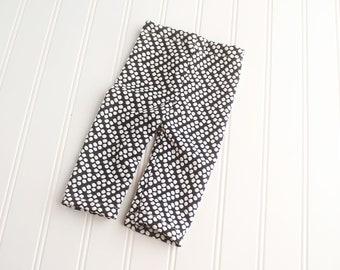 Dots of Chevron - newborn pants in black and white in a cute polka dot chevron pattern (RTS)