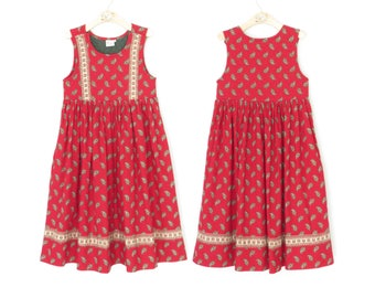 vintage girls dress * quilted jumper dress * 1980s child's dress * size 8 / 10