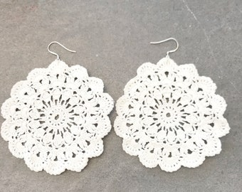 white lace earrings, crochet jewelry , tatted earrings, statement earrings, doily earrings, gifts for her, boho earrings, wedding earrings