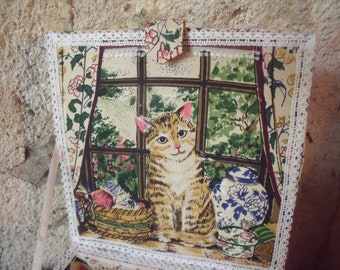 lovely haberdashery fabric and wood box  ; with handle ; cat's and lace ; gloves , jewelry box ; precious , secrets box