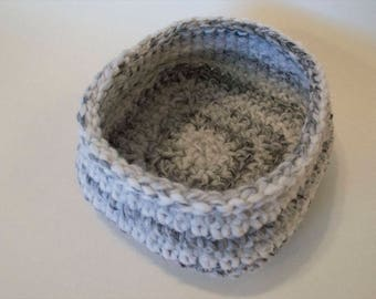 Medium Square-Base Crochet Basket/ Crochet Bowl/Storage Bowl/Home Decor/Marble