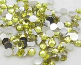 Set of 600 half Pearl rhinestone color 5mm