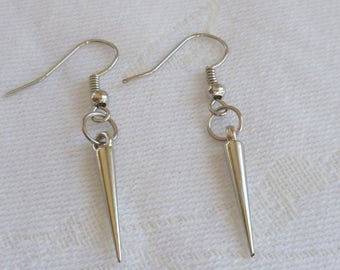 Small spike earrings,hoop earrings,spike and ring,spike jewellery, goth,punk,silver spike earrings,gift,handmade, dangle earrings