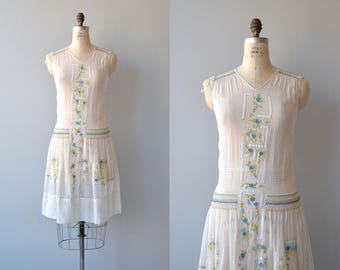 Daychovo dress | vintage 1920s dress | folk embroidered 20s dress