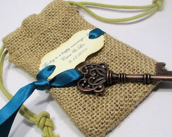 Key Bottle Opener - Wedding Favor - Burlap Bag - Skeleton Key - Personalized - Custom - Unique - Set o 10 - Vintage inspired