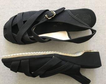 Vintage 1940's 1950's 1960's Wedge Sandals - US Size 9 UK Size 6 - 6 1/2