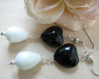 Black and white earrings, Heart earrings, Black and white jewelry, Drops earrings, Dangle earrings, Romantic earrings, Romantic jewelry