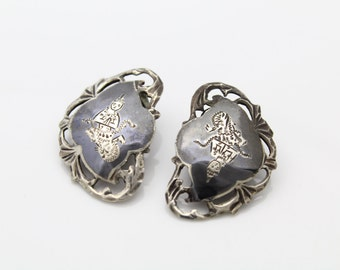 Vintage Siam Sterling Silver Niello Clip Earrings w Engraved Dancers. [142]