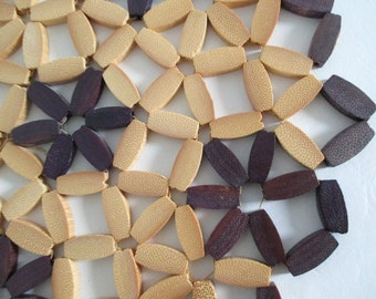 Bamboo Wood Trivet Hot Mat Eggplant Purple Natural Basket Wall Boho Vintage