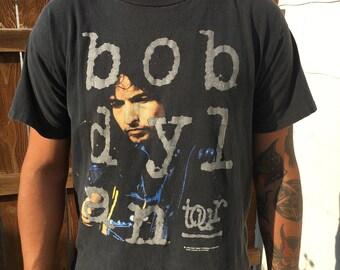 Cool 1992 Bob Dylan tour shirt