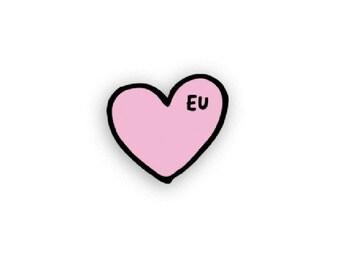EU Heart Pin
