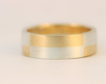 Multi chequers band in sterling silver and 9ct yellow gold, 5mm wide wedding band.