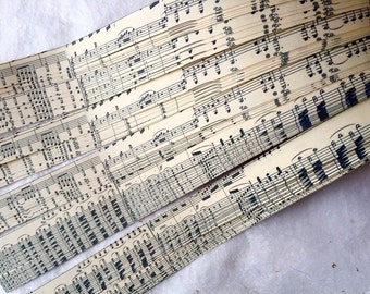 "3/4"" Weaving Star Paper~ Vintage Music (50 strips)"