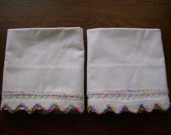 Vintage Pair of Pillowcases with Crochet, Cotton Pillowcases, Queen Size Pillowcases, Pastel Pillowcases, Pillowcases Crocheted,  Bed Linens