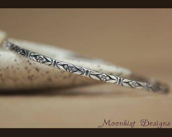 Forget Me Not Bangle Bracelet - Sterling Silver Art Deco Bracelet For Women - Floral Stacking Bracelet - Simple Bracelet - Flower Bracelet