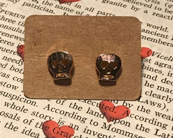 Skull Stud Earrings Gold Plated