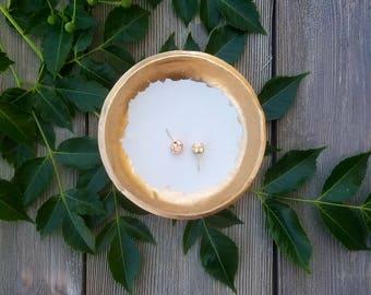 Minimalist Clay Ring Dish, Catchall, White Ring Dish, Clay Ring Dish, Jewelry Holder, Gold Rim Ring Dish, Vanity Tray, Birthday Gift for Her