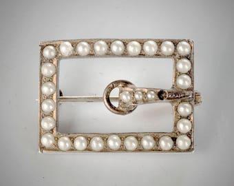 gilt sterling buckle form brooch pearls