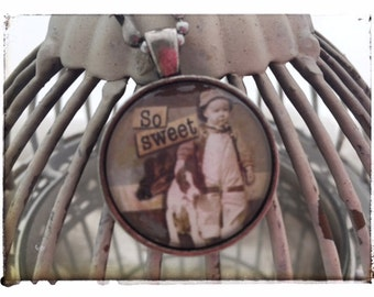 So Sweet - Vintage Pendant Necklace