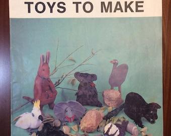 Australian Women's Weekly Australian Toys to Make