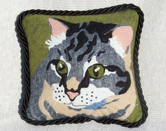Yes I Do Cats 8 Inch Pillow