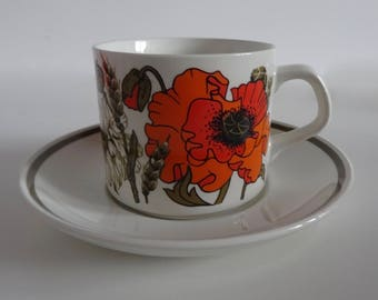 Vintage J & G Meakin Poppy Design Teacup And Saucer
