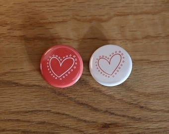Pair of Badges - Heart with dots - 32 mm - button badges