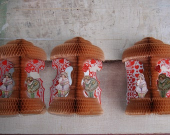 Three Dimensional Honeycomb Antique Victorian Valentines Lot Of 3