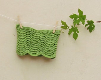 Green scarf cowl / knitted scarf for a romantic woman / winter scarf