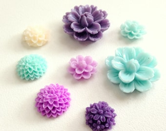 Resin Flower Magnets - Purple & Teal - Rare Earth Magnets- Set of 8