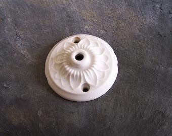 Rosetón de techo en porcelana blanca vintage Made in Francia