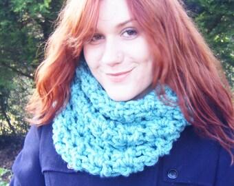 Crochet Cowl Super Chunky Sea Green Scarf