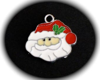 1 charm Santa Claus enamel leaf hat and Holly red green and white and silver metal 24 X 21 mm