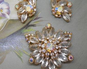 JULIANA Clear Rhinestone Wedding Brooch & Earrings Set    MV13