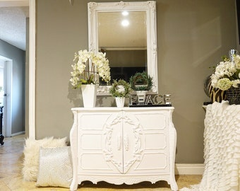 White Shabby Chic Ornate Entry Table w/ Mirror Set