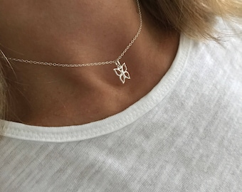 Sterling Silver Butterfly Necklace/Butterfly Choker Necklace/Sterling Silver/Choker/Choker Chain/Delicate/Butterfly Charm/Everyday/Gift/uk
