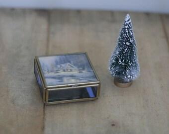 vintage winter box