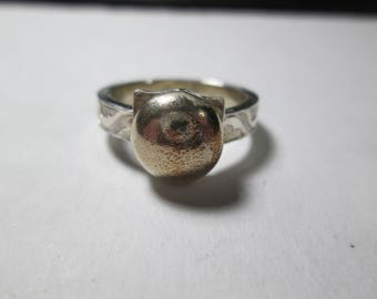 Ring, size 8... Shibuichi and sterling silver