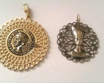 2 vintage pendants