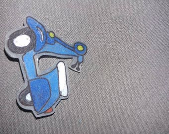 Vespa Art Pin