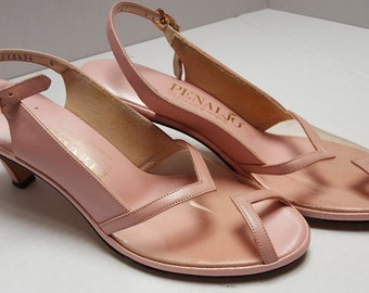 Pretty in Pink ~ Peep Thru Plastic ~ Great Heel ~ Outstanding Vintage ~ 1950's ~ 1960's ~ Low Heel ~ Larger Size ~ Deadstock ~ NOS ~ Unworn